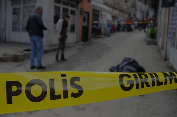 Üsküdar'da evinde eşi ile yakaladığı adamı öldüren zanlının 22 yıl hapsi istendi