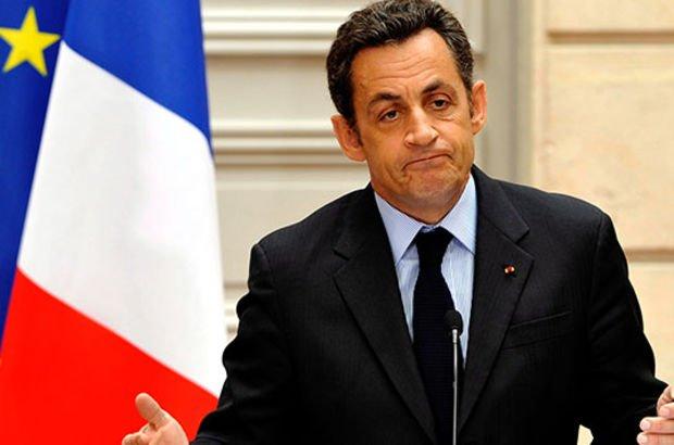 Sarkozy'ye yolsuzluk davası