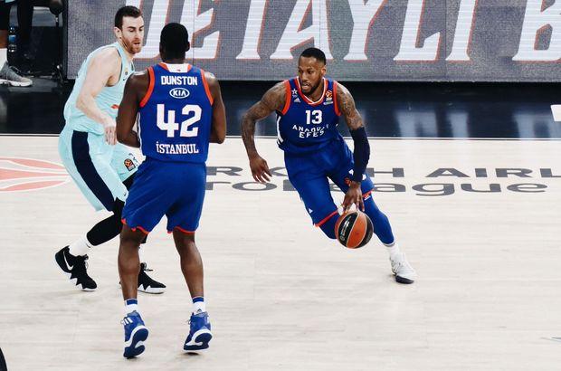 THY Euroleague'de Anadolu Efes, Barcelona'ya farklı kaybetti
