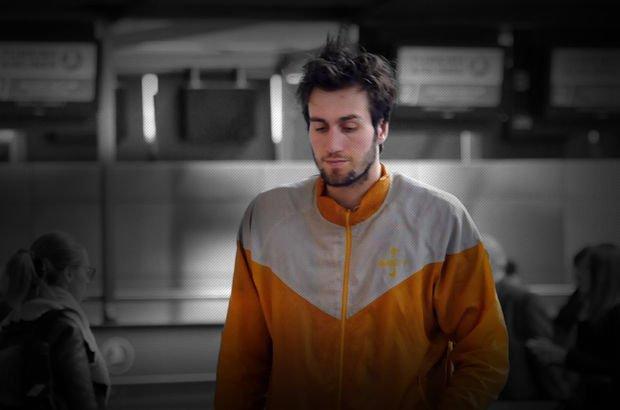 Havaalanında yaşayan Mehmet Şanlı'nın dramatik hikayesi - Mehmet Şanlı kimdir?