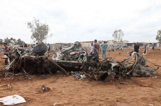 Libya'da bomba yüklü araç patladı! 8 kişi hayatını kaybetti