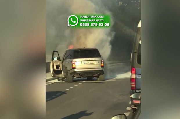 Kısıklı'da lüks araç alev alev yandı