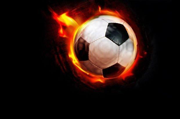 Gökdeniz Karadeniz futbolu bırakıyor