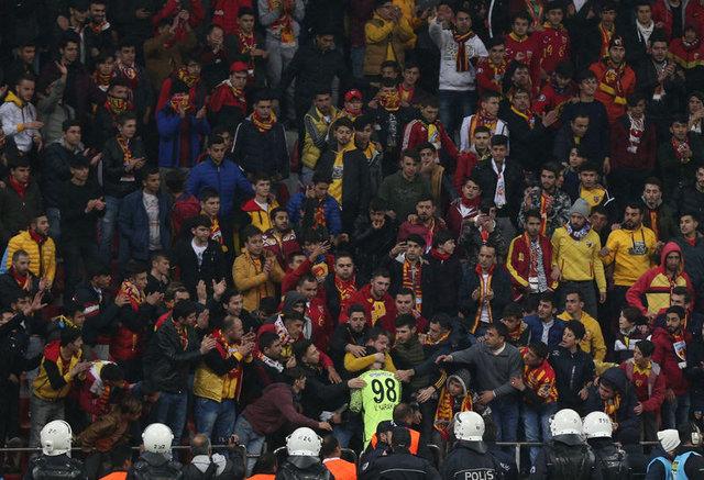 Kayserispor Fenerbahçe maçına damga vuran olay! Vedat Karakuş...