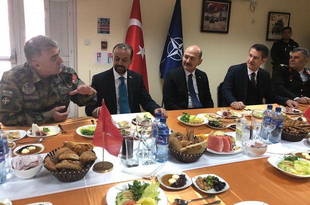 Bakanlar Soylu ve Canikli, Kabil'deki askerlerle buluştu