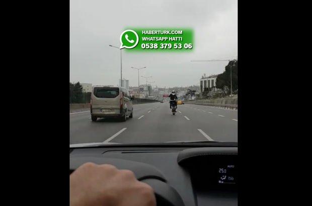 Yer: İstanbul...Trafikte skandal görüntü!