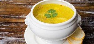 Bademli tavuk çorbası nasıl yapılır? Bademli tavuk çorbası tarifi ve malzemeleri