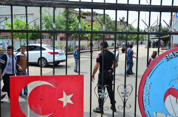Adana'da 7'nci sınıf öğrencisi müdür yardımcısını bıçakladı