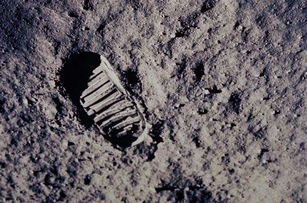 NASA'dan 'Ay Turu': İsteyen herkesi Ay'a götürüyor!