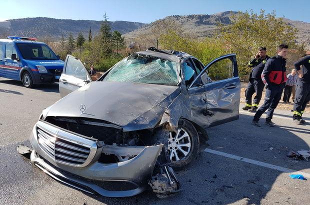 Ünlü sanatçı trafik kazası geçirdi