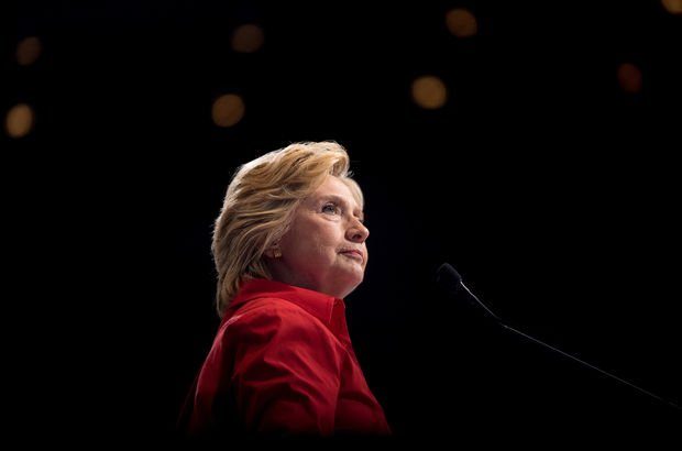 Hillary Clinton'a sahte porno video şoku!
