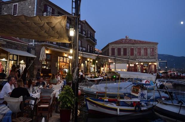 Türk vatandaşlarına Yunan adaları için bir haftalık vize uygulaması bu yıl da devam edecek