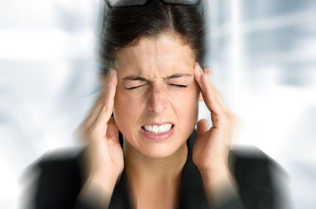 Migren ağrısı ile normal baş ağrısı nasıl ayırt edilir? İşte migren ağrısının belirtileri!