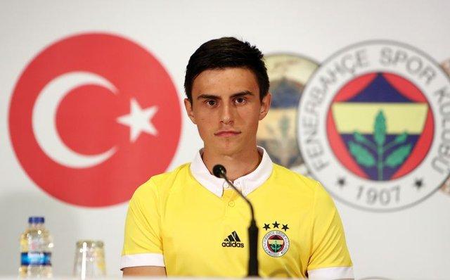 Fenerbahçeli taraftarlarını üzecek Eljif Elmas gelişmesi!