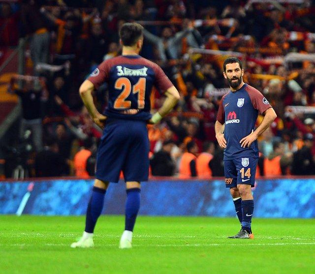 Erman Toroğlu'ndan Arda Turan için sert sözler (Galatasaray Başakşehir maçı)