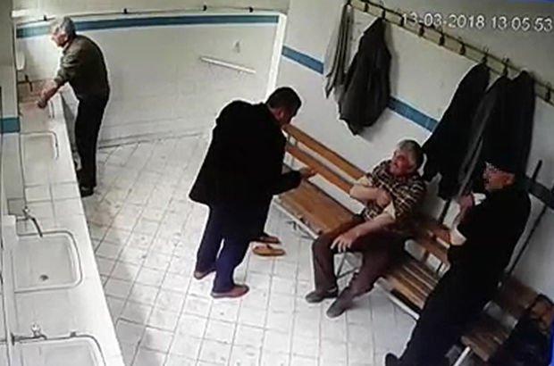Pişman olan hırsız abdesthanede çaldığı 8 bin lirayı iade etti