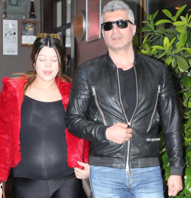 Özcan Deniz'in eşi Feyza Aktan'dan kıyafet açıklaması