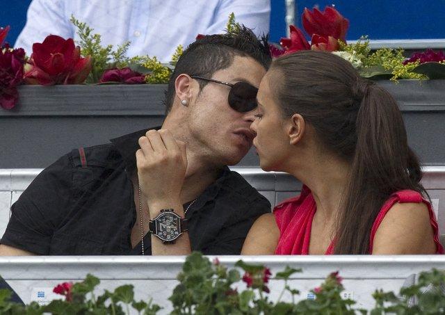 Cristiano Ronaldo'nun Irina Shayk'a hala aşık olduğu iddia edildi - Magazin haberleri