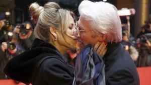 Richard Gere ile sevgilisi Alejandra Silva evlendi!
