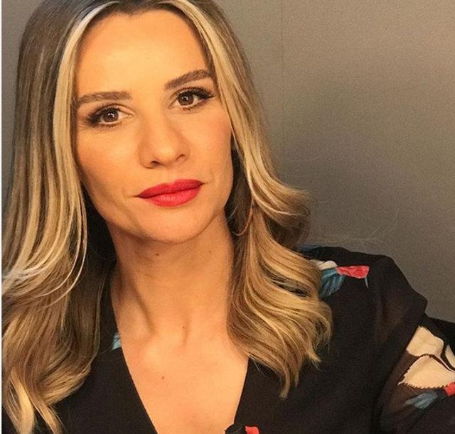Esra Erol'dan Müge Anlı'ya yanıt - Magazin haberleri
