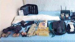Şehit edilen güvenlik korucusunun silahları geri alındı