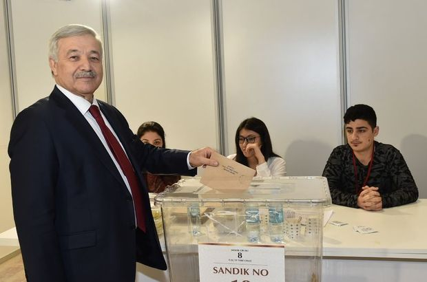 İTO'nun yeni meclis başkanı Öztürk Oran oldu