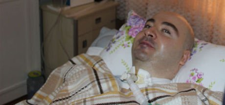 10 yıl yoğun bakımda yaşam mücadelesi veren Erkan Aydın uyanınca meslektaşlarını selamladı