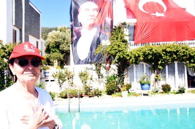 Fatma Girik'ten Atatürk posteri ve Türk bayraklı 23 Nisan kutlaması