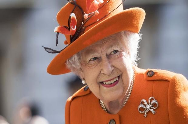 92 yaşına basan Kraliçe Elizabeth neden iki doğum günü kutluyor?