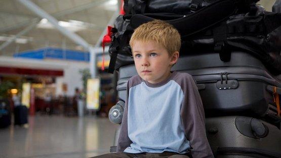 Annesi duyunca şok oldu! 'Okula gidiyorum' diye evden çıktı, Bali'ye kaçtı