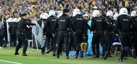 Fenerbahçe-Beşiktaş derbisiyle ilgili 8 gözaltı