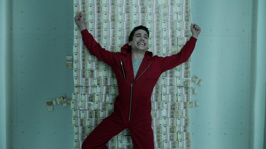 Netflix paraya sıkıştı: 1,5 milyar dolar gerekiyor!
