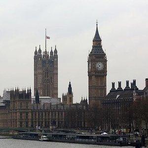 LONDRA'DA GEZİLECEK YERLER...