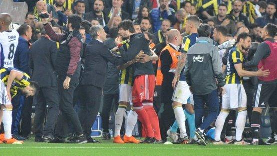 Fenerbahçe-Beşiktaş derbisi soruşturması... 4 isim ifadeye çağrıldı!