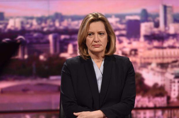 İngiltere İçişleri Bakanı Rudd istifa etti
