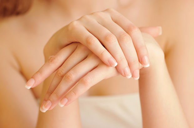 Ellerdeki titreme tiroidin habercisi olabilir
