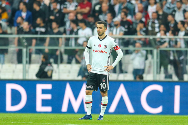 Beşiktaş'ta 6 isimle yollar ayrılıyor! (Beşiktaş transfer haberleri)