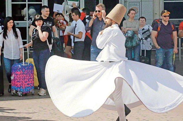 Turistlere semazenli karşılama törenine tepki