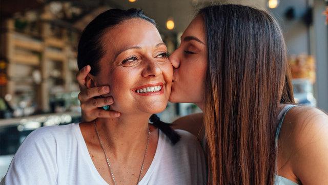 Uygun fiyatlı Anneler günü hediyeleri! Her bütçeye göre en güzel Anneler Günü hediyeleri