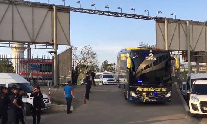Son dakika! Fenerbahçe kafilesi stada ulaştı