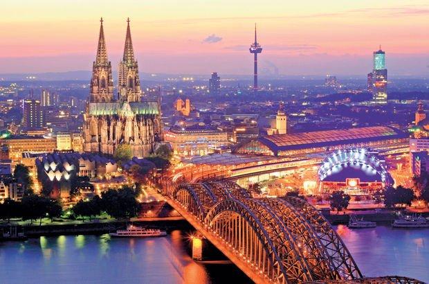 Samimi Alman şehri: Köln! Köln'de gezilecek yerler listesi... Almanya Köln gezi rehberi!