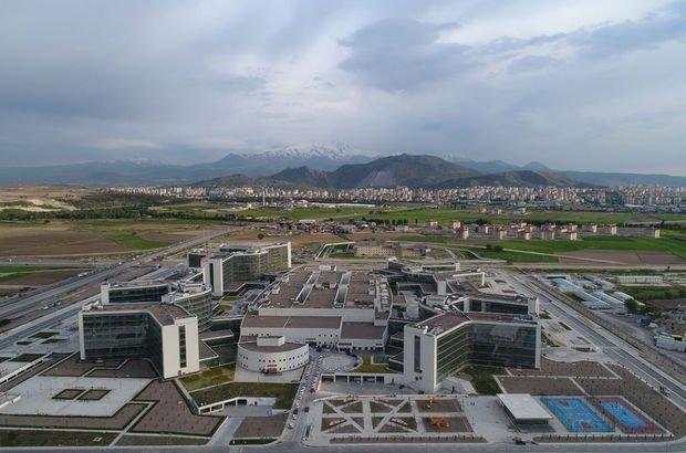 Türkiye'nin en büyük şehir hastanesi açıldı!