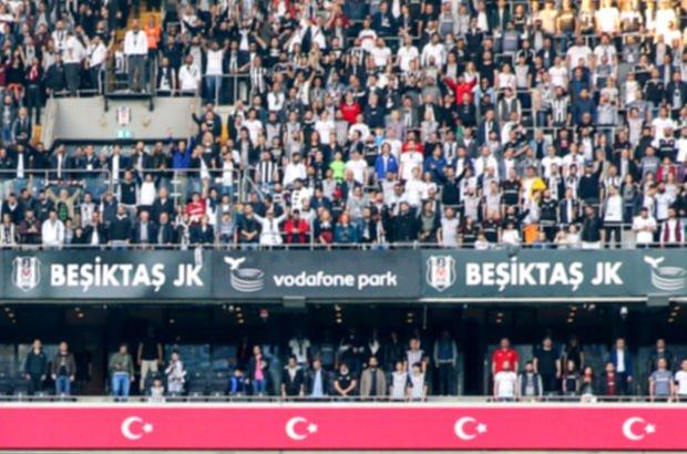 Beşiktaşlı taraftarlardan küfürlü tezahürat