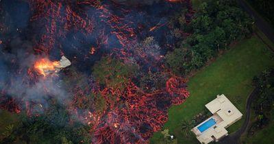 Kilauea Yanardağı önüne gelen her şeyi yutuyor