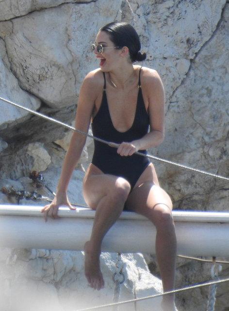Kendall Jenner soluğu Nice'te aldı - Magazin haberleri