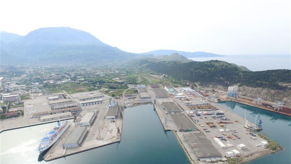 Global Yatırım 7 ada ülkesinden liman satın alacak