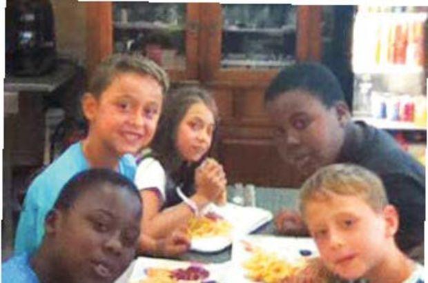 Biri Türk diğeri Fransız 2 çocuk birbirlerine sarılarak öldü!
