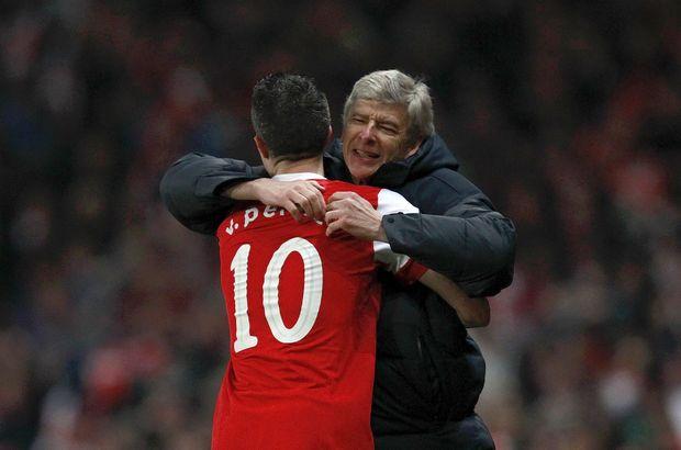 """""""Wenger benim futboldaki babamdı"""""""