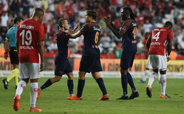 İşte Galatasaray, Fenerbahçe ve Başakşehir'in Süper Lig şampiyonluk ihtimalleri! Puan eşit olursa şampiyon kim olacak?