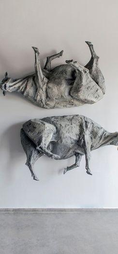 """Burcu Erden'in ilk kişisel sergisi """"Yarının Külleri"""""""